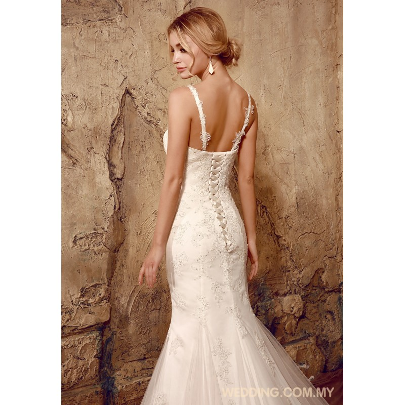 mermaid tulle wedding dress with shoulder straps wedding