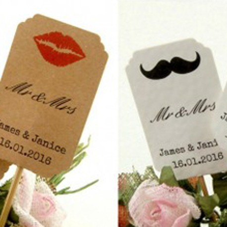 DIY Personalized Lips & Mustache Kraft / White Cupcake Toppers (Mr & Mrs)